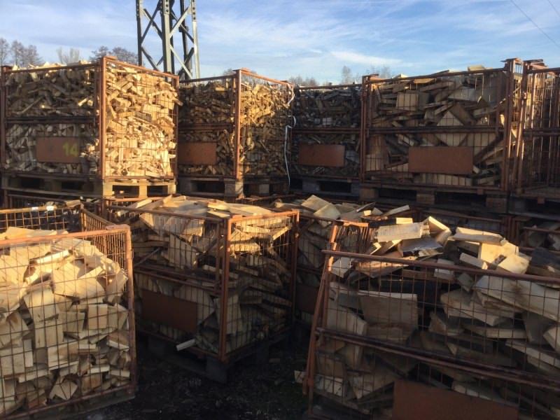 Brennschnittholz Eiche grob - HOLZ-BARAN GmbH